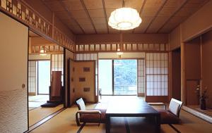 ザキヤマ竹山ぶらり旅・温泉宿