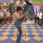 上段蹴り腹筋トレーニング