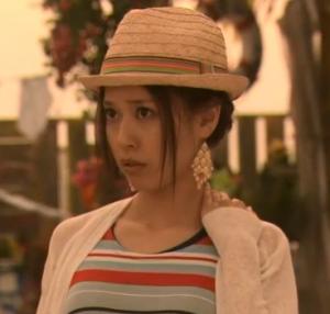 戸田恵梨香帽子