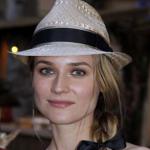 帽子のかぶり方
