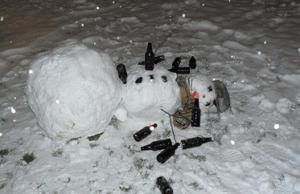 酔っぱらい雪だるま