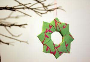 折り紙クリスマスオーナメント