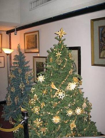 ヨーロッパクリスマスツリー飾り方