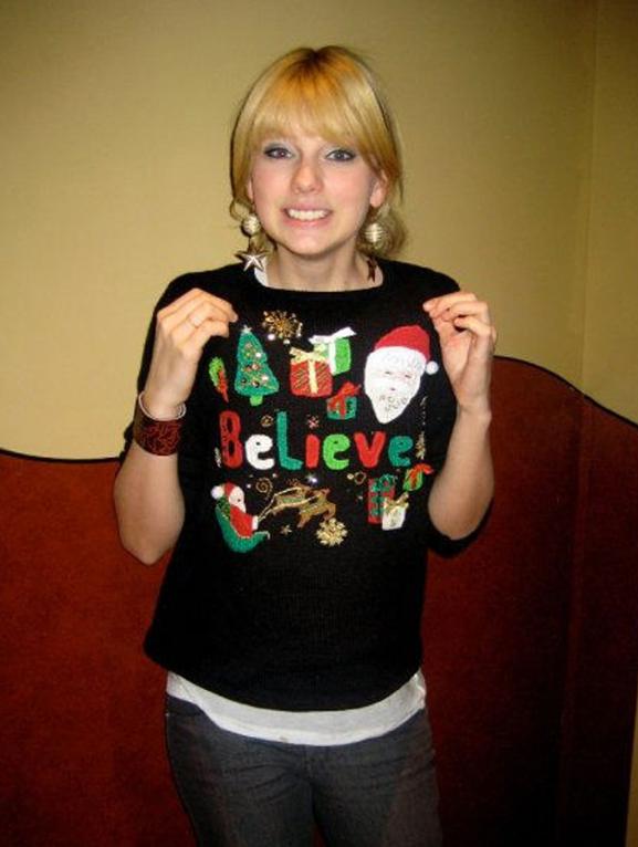 セレブダサいセータークリスマス